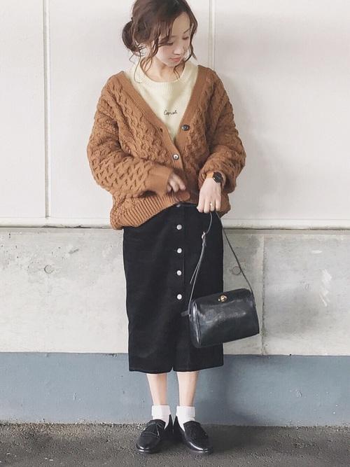 GU コーデュロイスカート