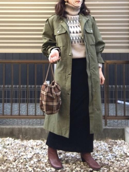 ミリタリーコート×スカート5