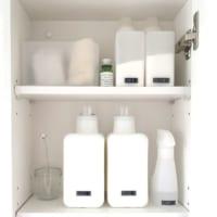 ホワイトインテリアにオススメ♪洗剤は目隠し&詰め替えでスッキリ収納!