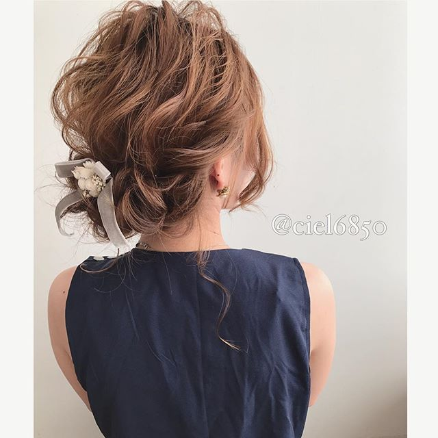 春の結婚式のお呼ばれヘアアレンジ9