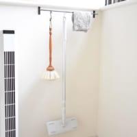 空間を活かす【吊るす収納】♡お部屋すっきり清潔な実例20選
