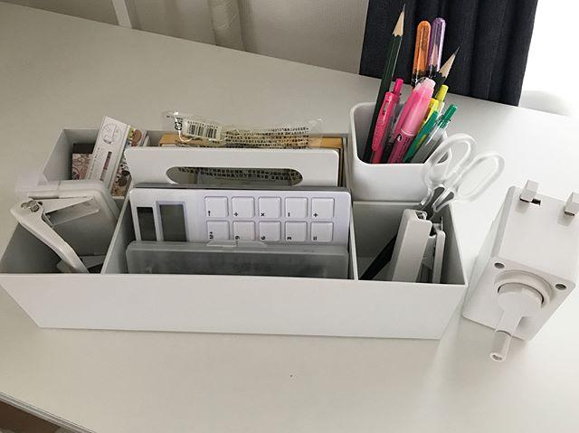 無印収納のおすすめ実例⑧文房具収納に便利なアイテム3