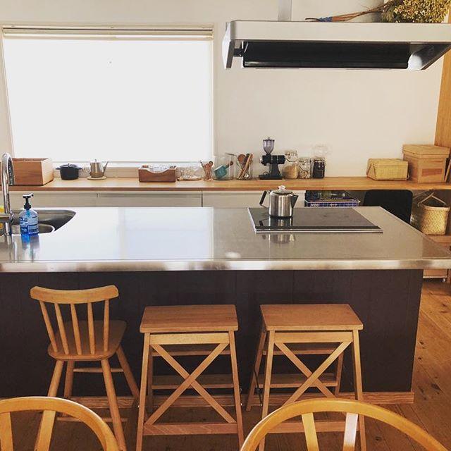 ステンレス仕様のアイランドキッチン2