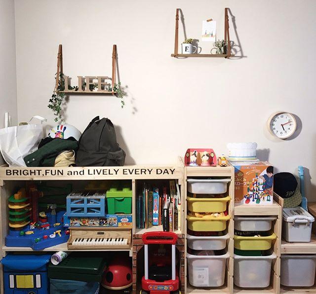 壁掛け収納DIY ディスプレイ棚