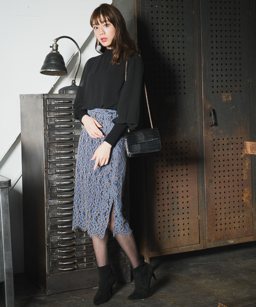 ミディレースタイトスカート