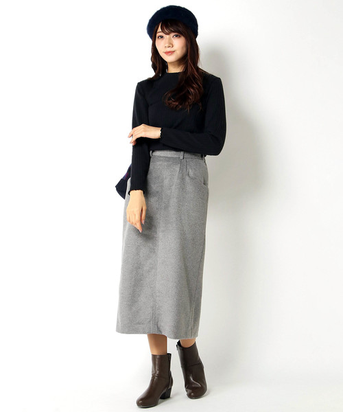 [ikka LOUNGE] ウール混バックボタンタイトスカート