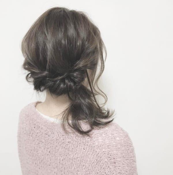 黒髪ミディアム アレンジスタイル6