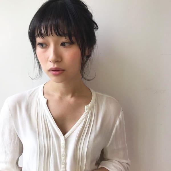 黒髪ミディアム アレンジスタイル14