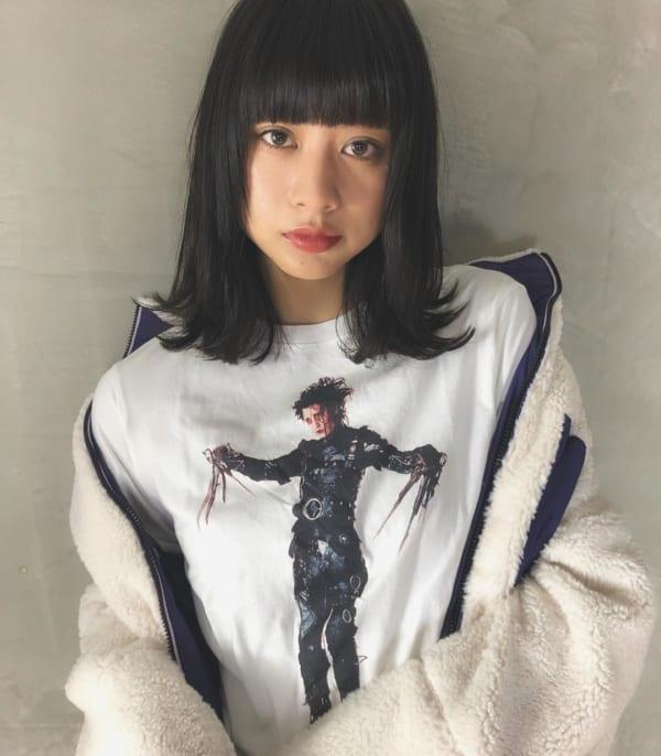 面長 黒髪ミディアム6