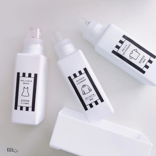 角型の洗濯洗剤ボトル