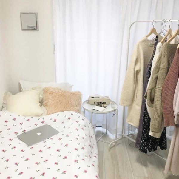 一人暮らしのベッド周りの収納8