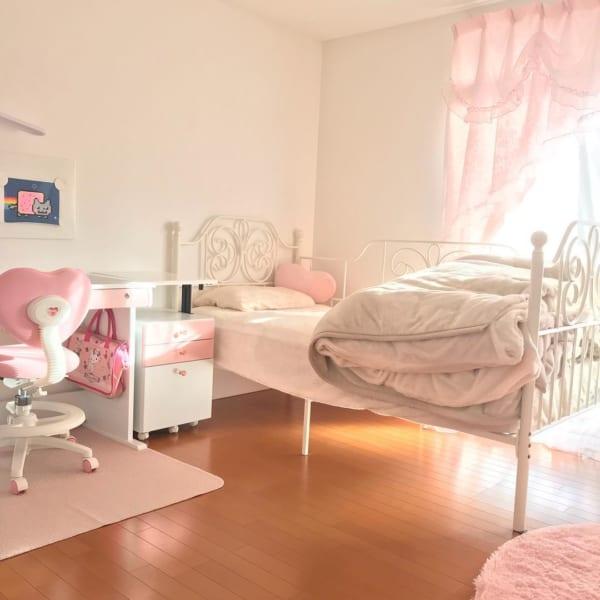 女の子 部屋3