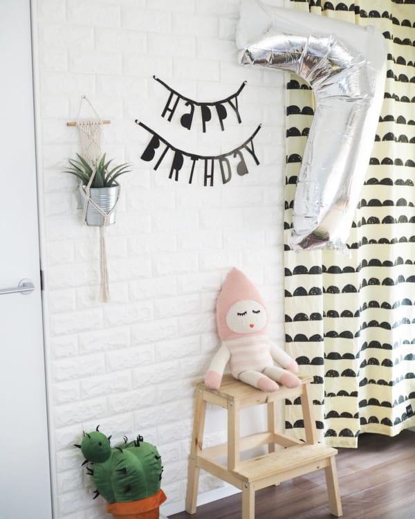 誕生日の飾り付け方 ナンバーバルーン