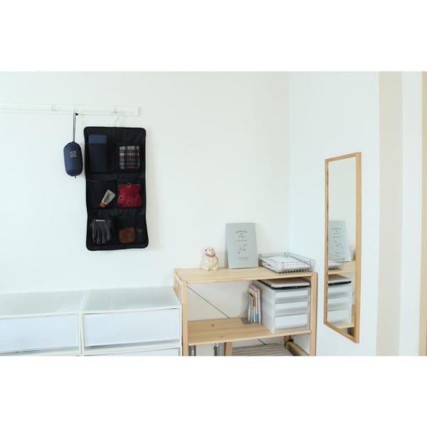 壁に付けられる家具 鏡