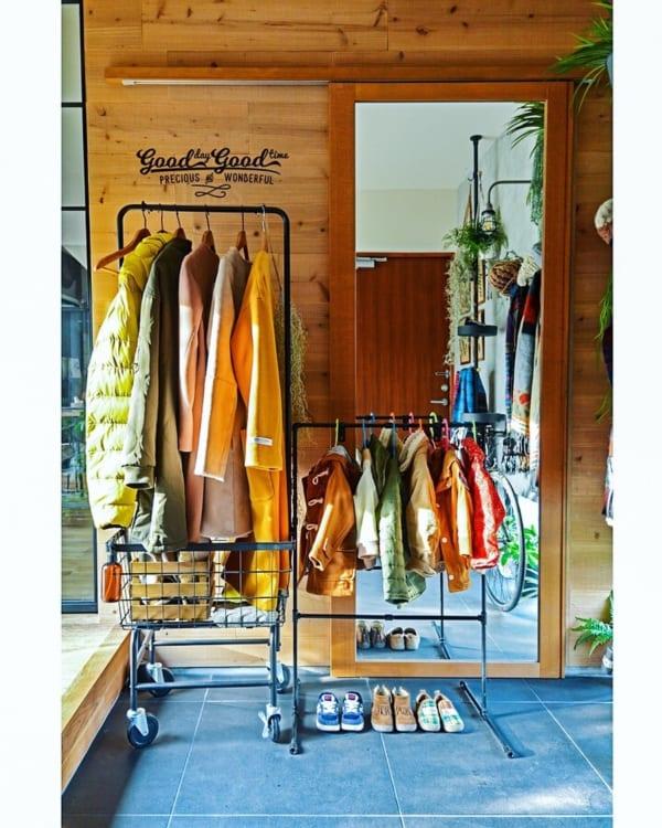 コート収納②玄関にコートの収納スペースがある実例3