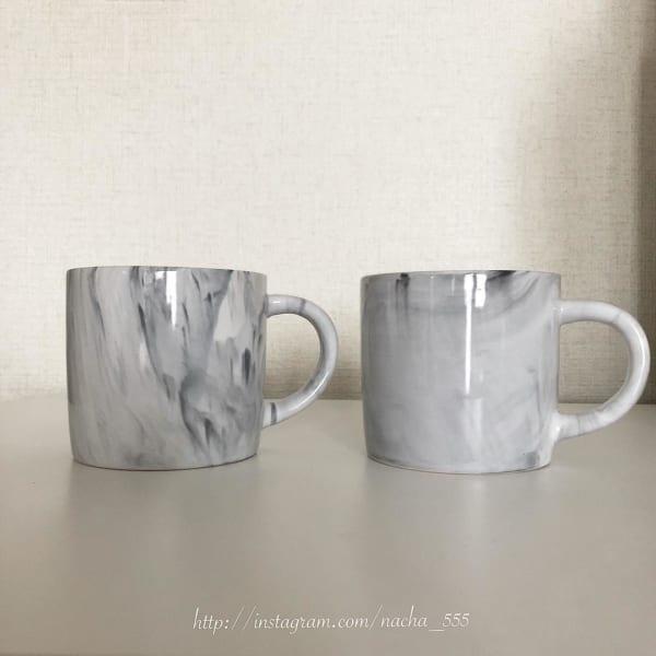 ダイソーの大理石柄マグカップ