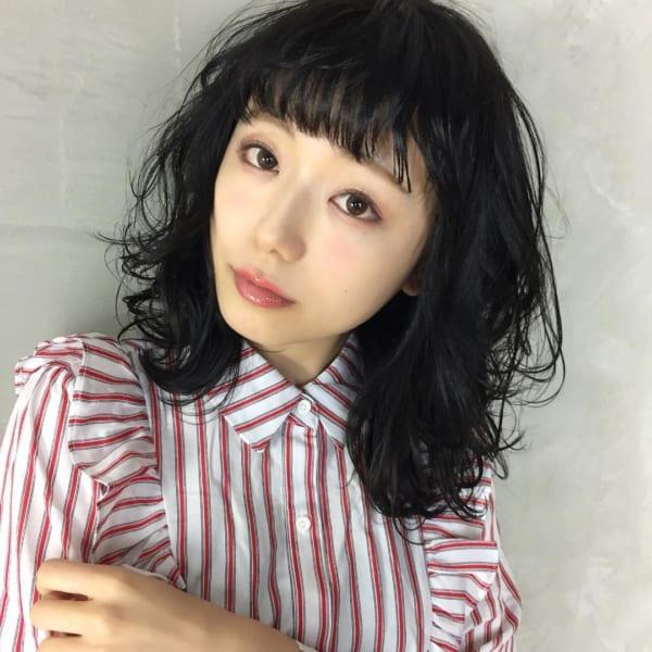面長 黒髪ミディアム3