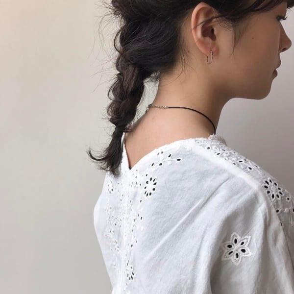 黒髪ミディアム アレンジスタイル5