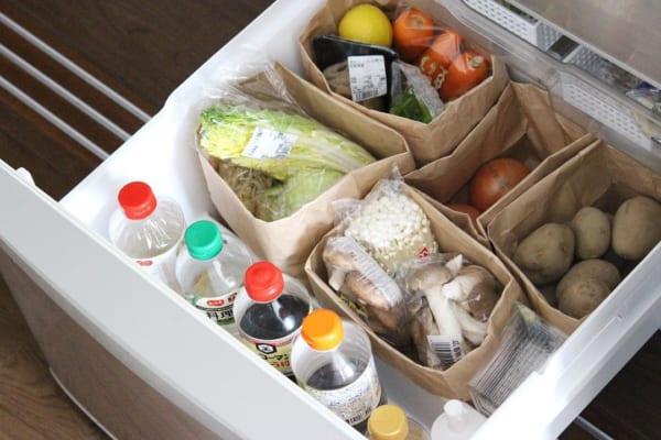 野菜室や冷凍庫の収納グッズ