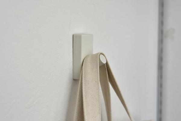 「無印良品」の壁に付けられる家具3
