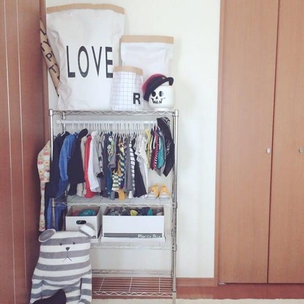 洋服のスチールラック収納(子供)2