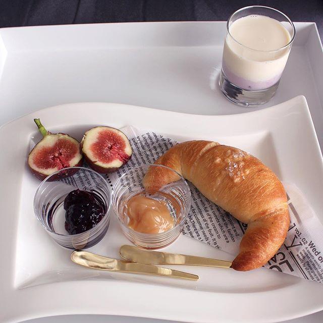 パンがメインの朝食シーン7