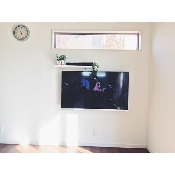 壁掛けテレビの配線を隠す方法20
