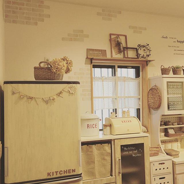 冷蔵庫周りのインテリア カフェ風