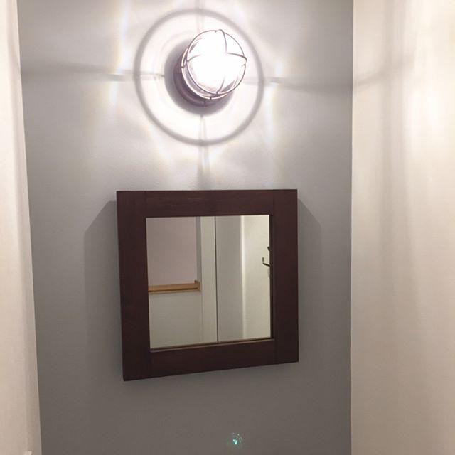 玄関 鏡 風水47