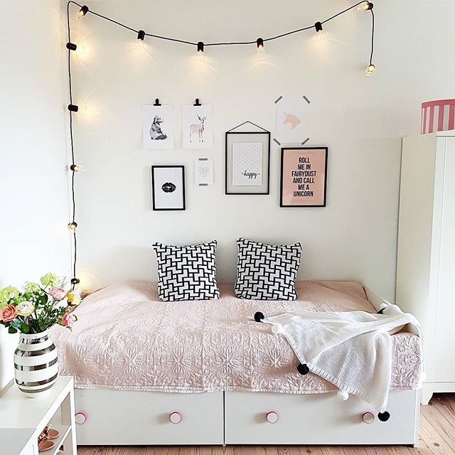 寝室インテリア 白×ピンク