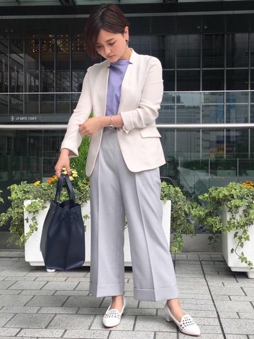 シーン別レディースジャケット着こなし術:オフィスコーデ12