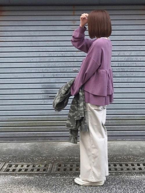 紫に合う色コーデ15