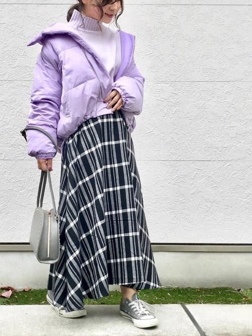 紫に合う色コーデ23