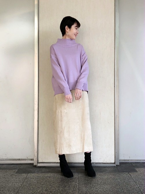 紫に合う色コーデ11