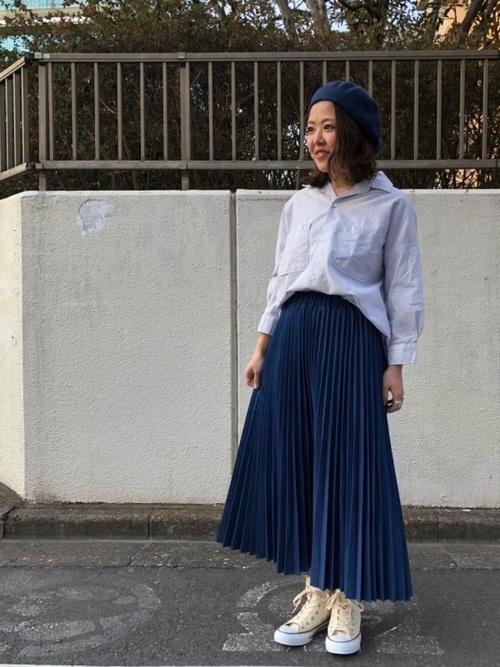 ベレー帽×ストライプシャツのコーデ2