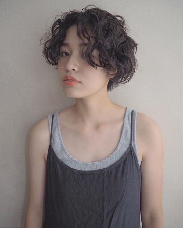 かっこいいジェンダーレスな髪型⑤パーマヘア5