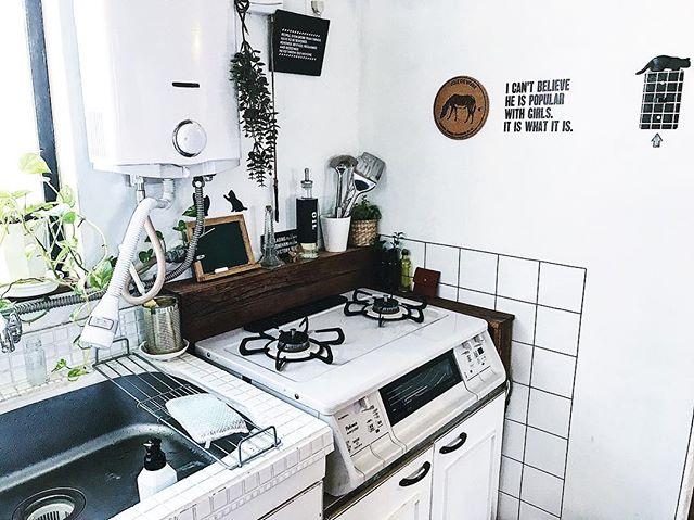 キッチンの《コンロ周り》13