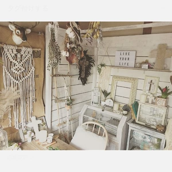 狭い部屋でも壁を飾って自分の好きな世界観を表現1