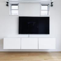 壁掛けテレビの配線を隠す方法まとめ!テレビのケーブルはすっきり隠そう