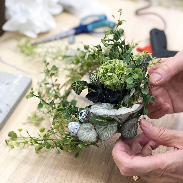造花×グルーガン