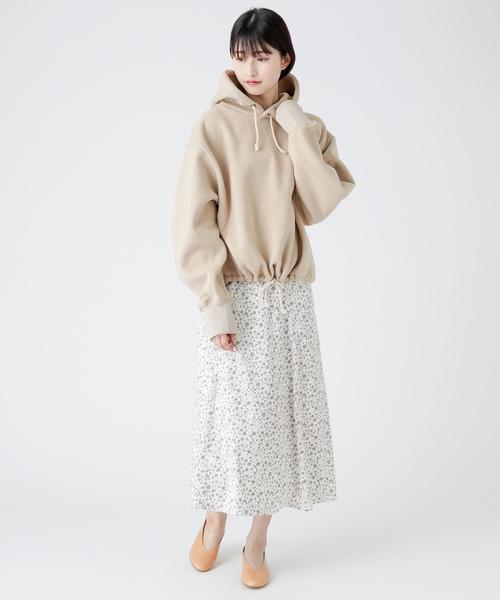 [mystic] 小花柄フレアロングスカート