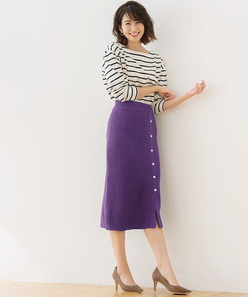 シェルボタンラップ風ニットスカート