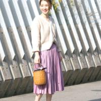 きれい色スカートで先取り春コーデ♪大人フェミニンな着こなしをチェック!