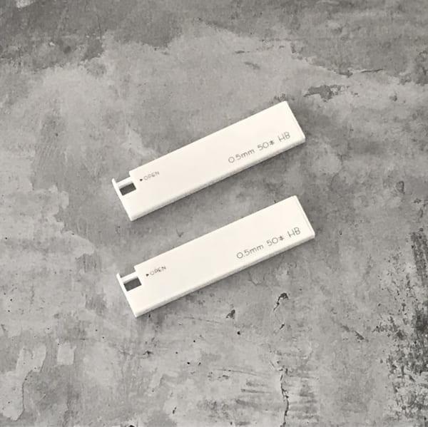 シャープ替芯HBホワイトケース