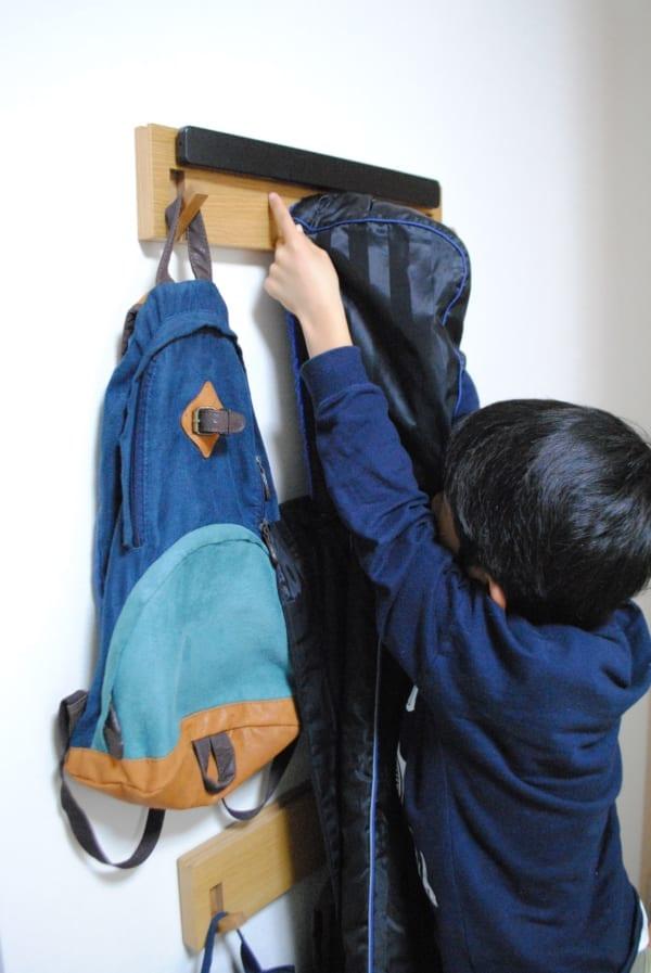 子どもが自分で片づけられる仕組み作り フック収納