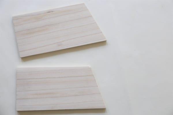 古道具のような風合いのブックシェルフの作り方2
