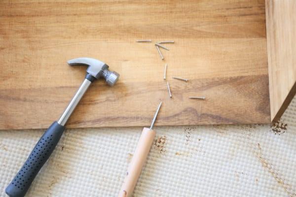古道具のような風合いのブックシェルフの作り方7