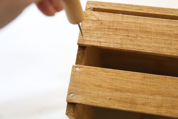 古道具のような風合いのブックシェルフの作り方9