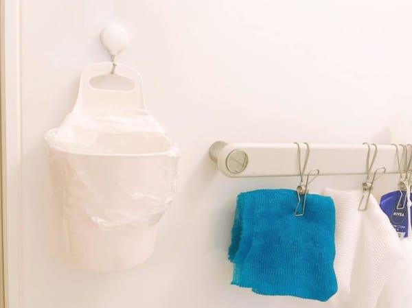 バスルームの吊り下げボックス