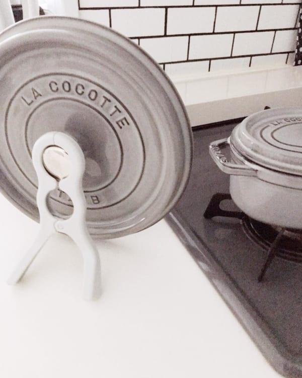 ダイソー 挟む鍋ふたスタンド